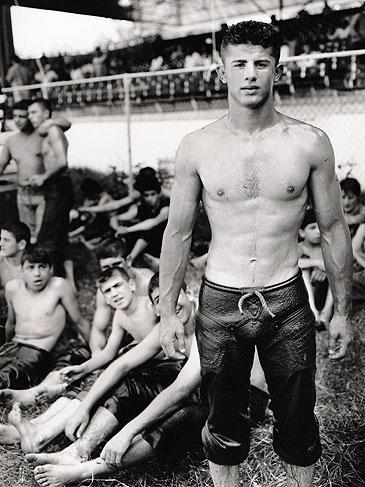 gay surport groups in oconomowoc wi