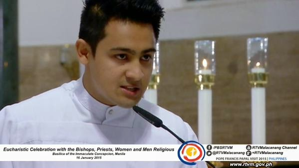 Cute Responsorial Psalm Guy at Pope Francis Mass