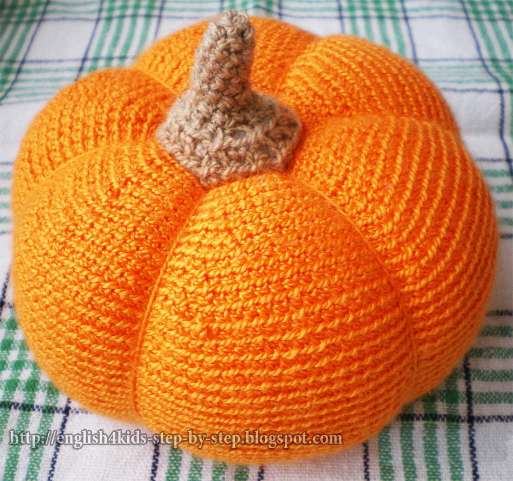What To Crochet : Crochet pumpkin (6 cm (2,5 in.) tall (without stem), diameter 12 cm (4 ...