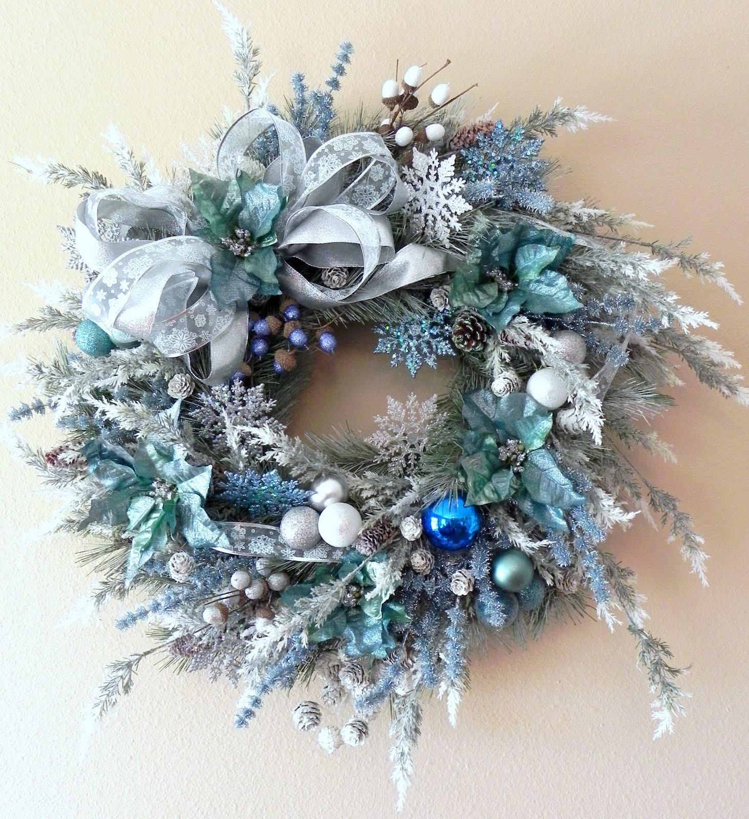 Wreathsndolls: First Winter Custom Wreath