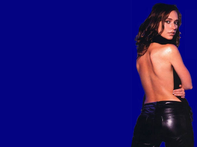 Hot Jennifer Love-Hewitt Pictures