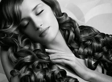 Peinado rizado
