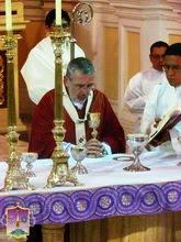 Solemne Misa de Fiesta en Honor del Señor de los Milagros - 18/10/12