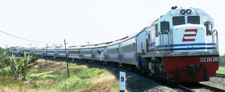 ilustrasi kereta api source pedomannews com naik kereta api tut tut