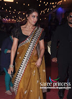 Bollywood, dusky, babe, bipasha, basu, stunning, hot, in, a, yellow, saree, in, the, star, dust, award, night, stills
