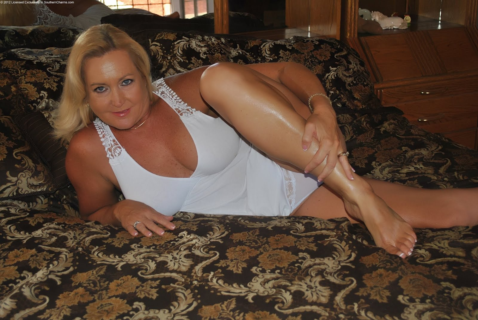 Pantyhose mature southern charms