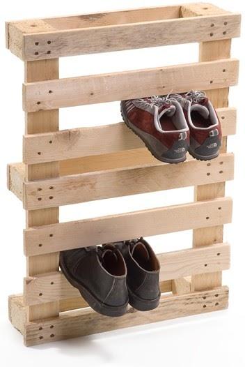 Pallet Wood Shoe Rack