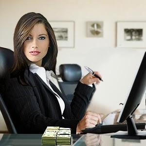 امرأة تعمل ناجحة العمل مكتب الشغل واثقة - small-successful-business-loans-for-women - من هى الأنثى التي يهابها الرجال