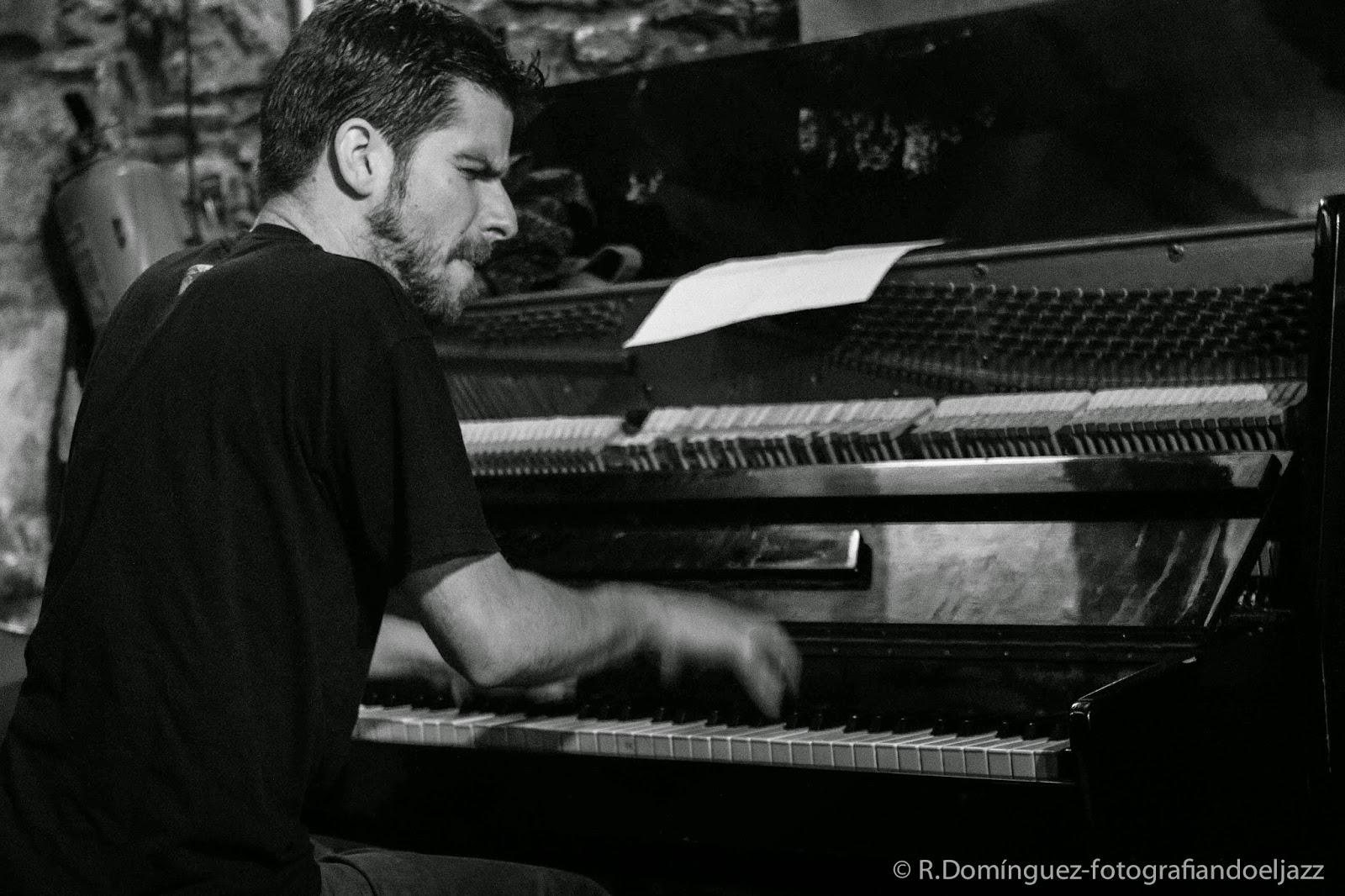 © R.Domínguez-Marco Mezquida