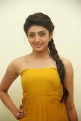 Pranitha latest dazzling pics-thumbnail-17