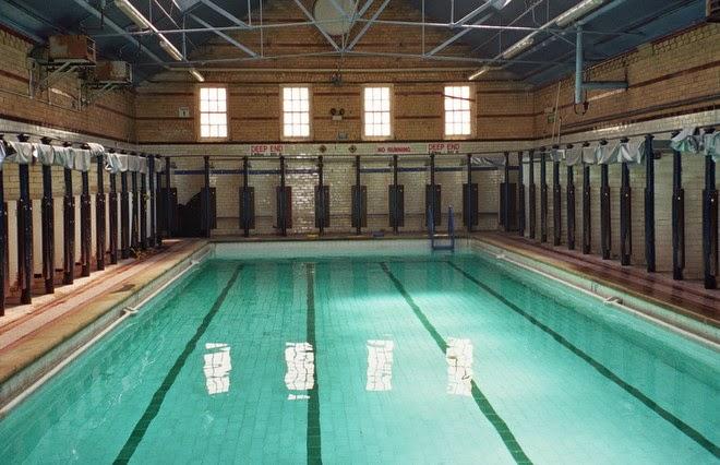 Grace elliot blog april 2015 for Swimming etiquette public pool