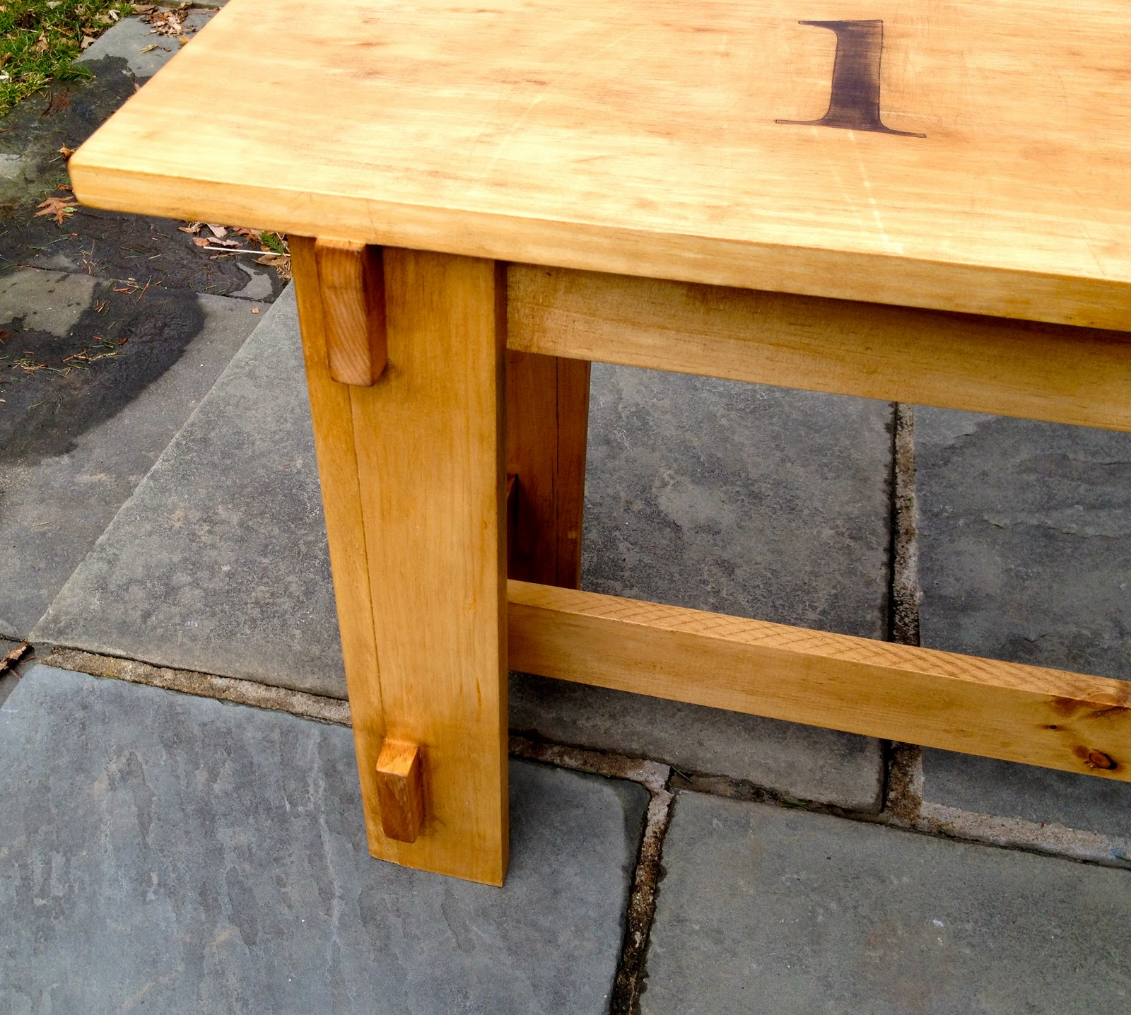 That's My Letter: DIY Bench With Numbers