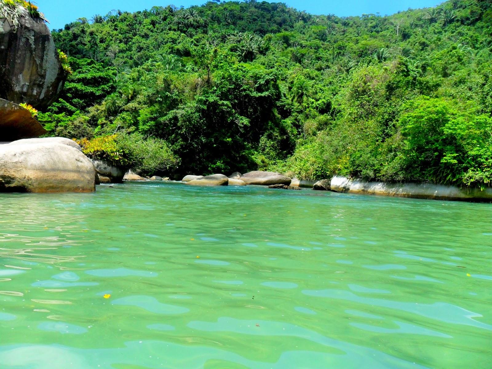 Voce realmente sabia piscina natural cachada o for Piscina natural de riosequillo