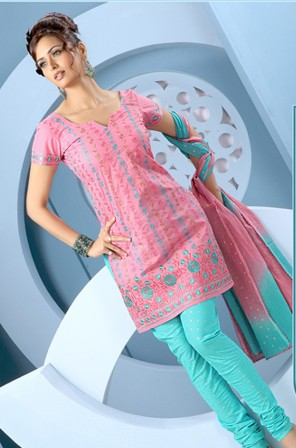 Fancy-Trendy-Salwar-Kameez