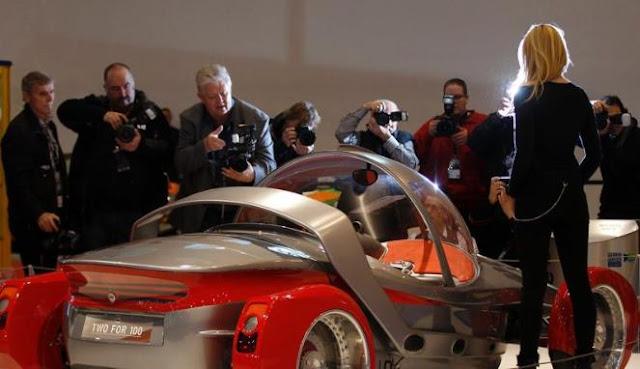 Gambar Mobil Modifikasi Sport Essen Motor Show