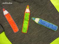 detall gorro i bufanda llapis-web enfilades.cat fet a mà