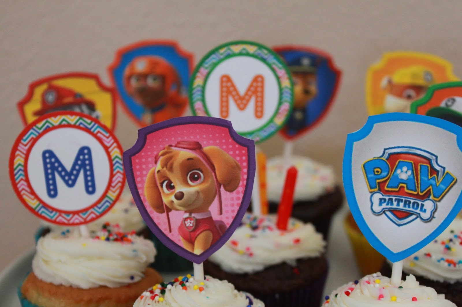 paw patrol birthday party dessert table cupcake toppers
