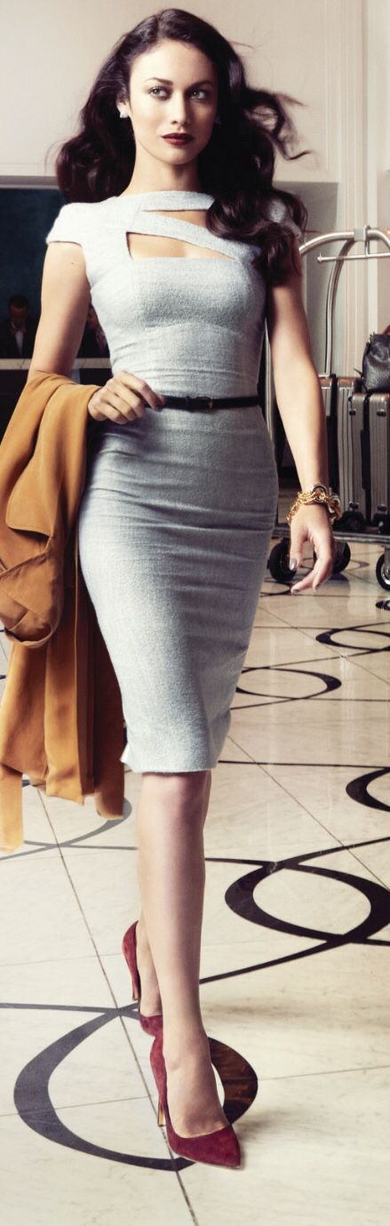 Just A Pretty Style Cut Out Grey Dress With Tiny Belt