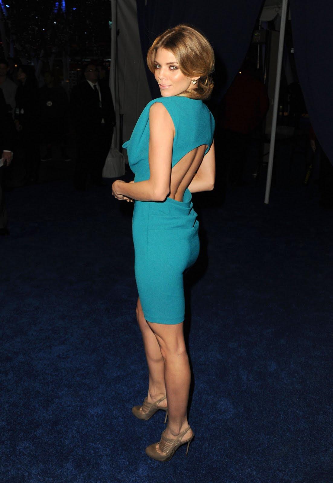 http://3.bp.blogspot.com/-S_92zF2Vgyg/TW6YMM9inoI/AAAAAAAAGf0/kMbm92s6POg/s1600/AnnaLynne_McCord_2011_Peoples_Choice_Awards_055_122_1129lo.jpg