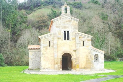 Villaviciosa, Valdediós, iglesia de San Salvador
