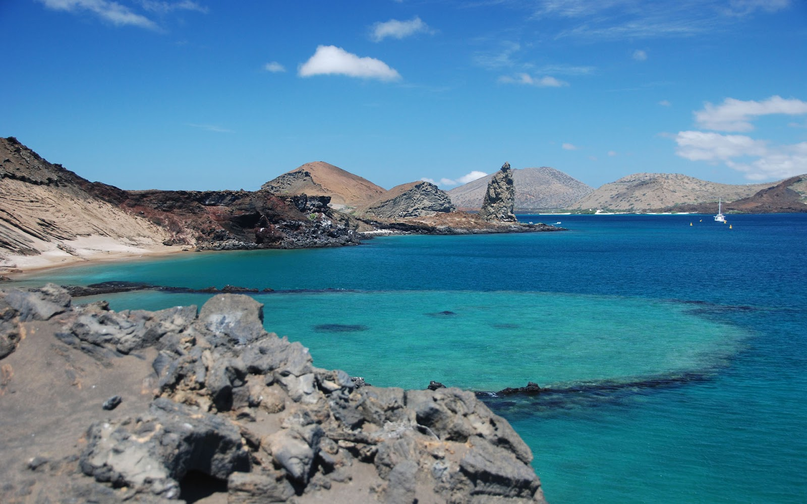 the galapagos islands The galápagos islands (official name: archipiélago de colón volcanism has been continuous on the galapagos islands for at least 20 myr, and perhaps even longer.