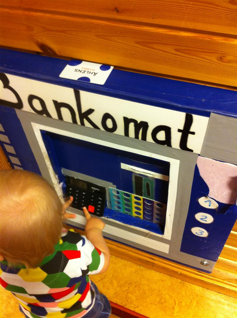 bankomat spånga