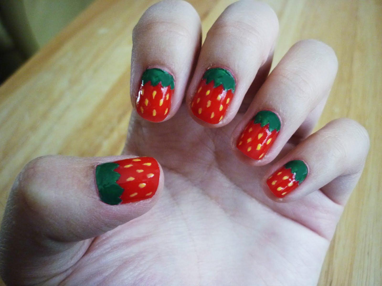 Diseño de uñas de fresa: