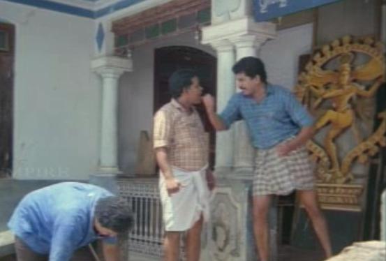 ... | Hindi Tamil Malayalam Telugu Movie Reviews Stills | Bada Screen