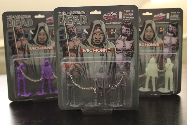 New York Comic-Con 2012 Exclusive The Walking Dead Michonne & Pets PVC Figure Set