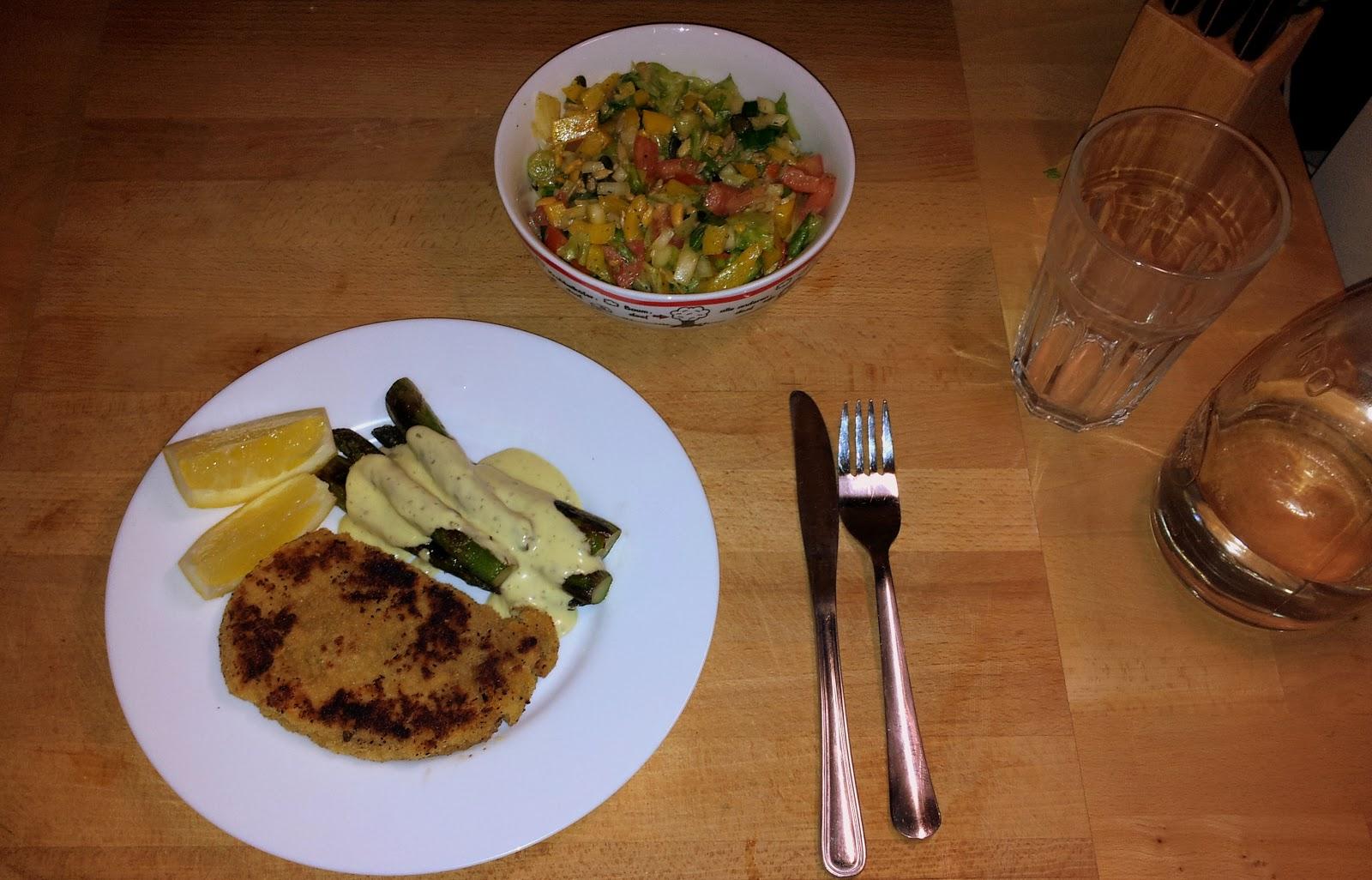 hungert ter gr ner spargel salat und schnitzel einfach. Black Bedroom Furniture Sets. Home Design Ideas