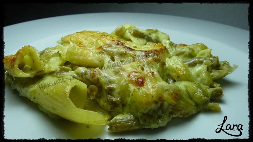 pasta al forno pasticciata con pesto alla genovese, patate e fagiolini