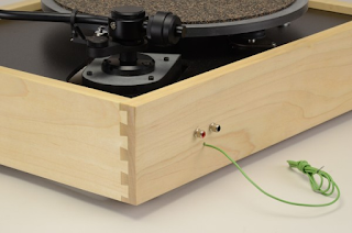The Vinyl Anachronist New Affordable Merrill Turntable At