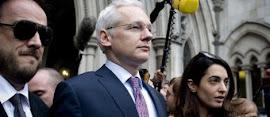 Equador concede asilo a Assange