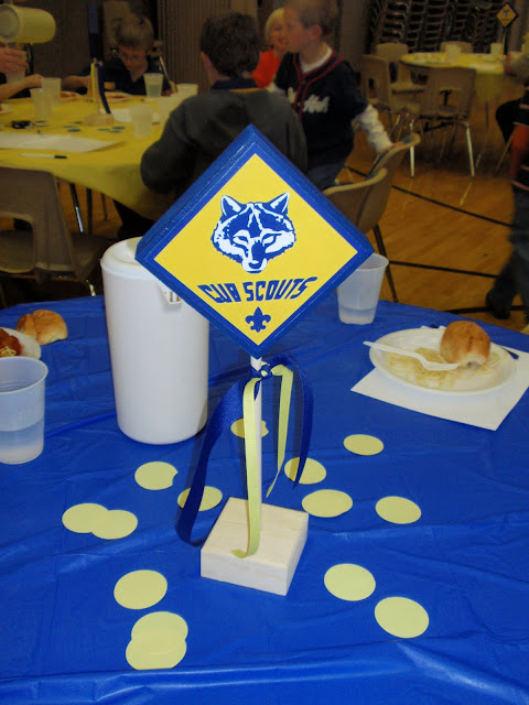 Boy scouts blue and gold table centerpieces party