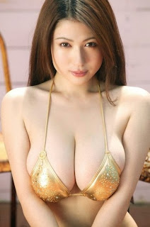10 Artis panas Jepang dengan Ukuran Padara Paling Besar[artishotmu.blogspot.com]