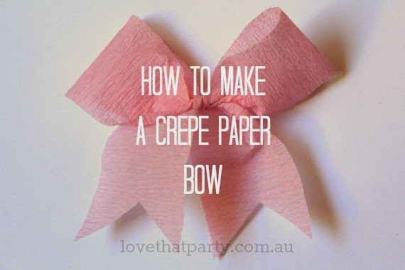 How to make easy bows from paper streamers. Step by step photos. At Love That Party