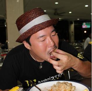 Gambar DJ Young Mahu Artis Korea Rakam Lagu Bahasa Melayu