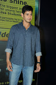 Mahesh Babu At Idea Student Awards-thumbnail-19
