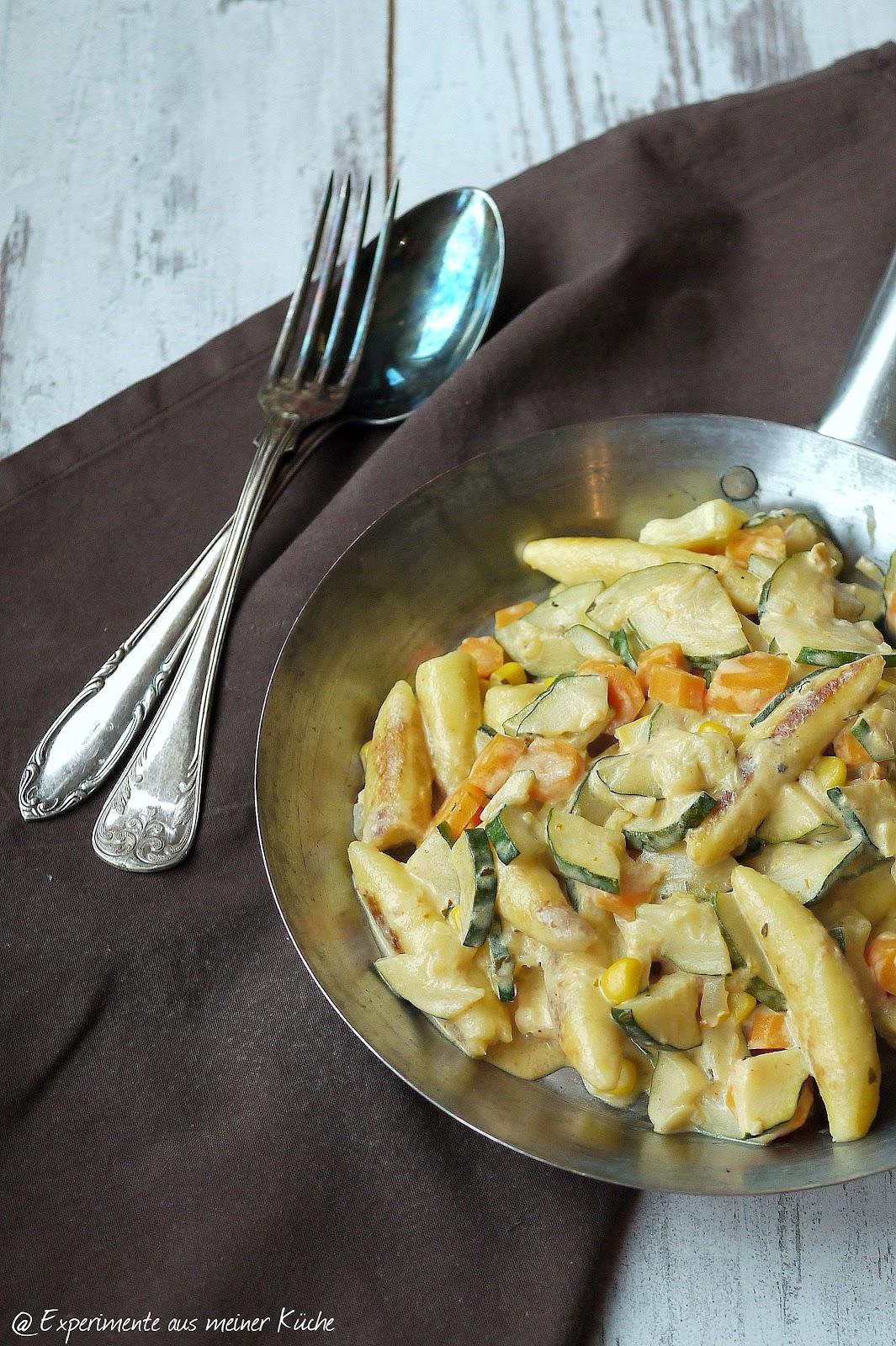 aus meiner Küche: Vegetarische Schupfnudelpfanne