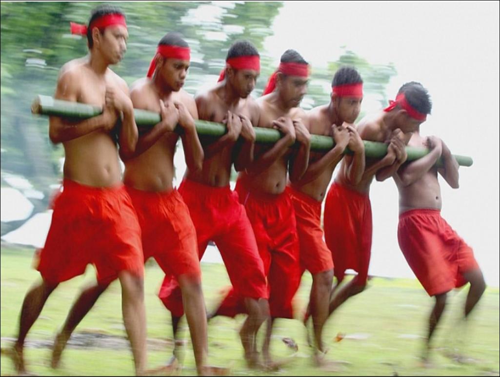 Sejarah Tari Bambu Gila Asal Provinsi Maluku Utara