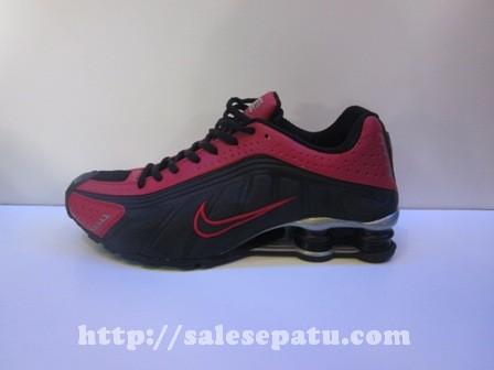 Sepatu Nike Shox merah hitam