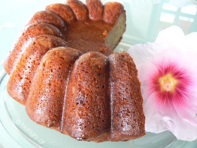 Banana Cake with Cranberries