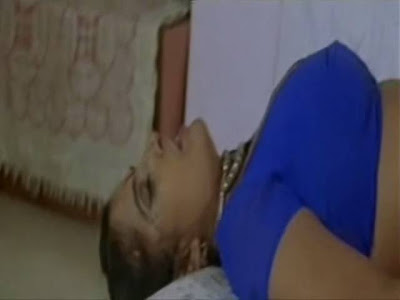 Hot video from B grade movie Doodhwali