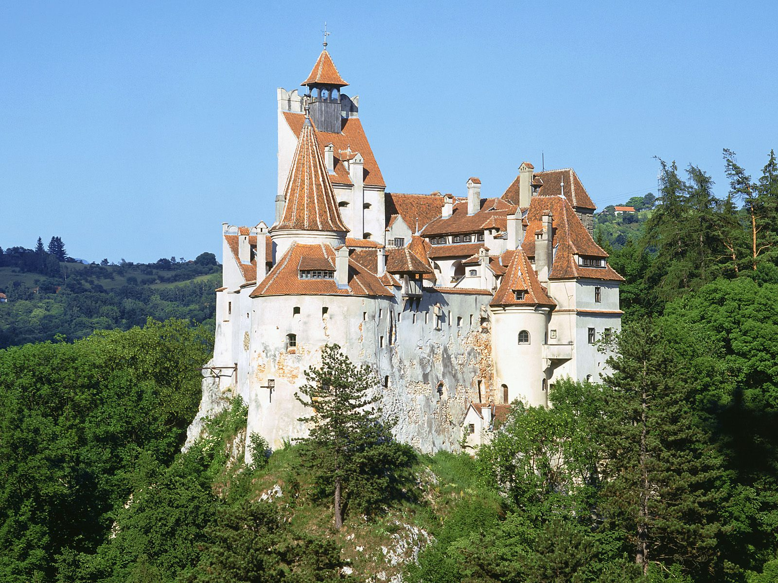 When We Look At The Location Of This Castle, We Should Consider Its  Historical Occupants. There Is The Possibility That Vlad Dracul And Vlad Dracula  Lived ...