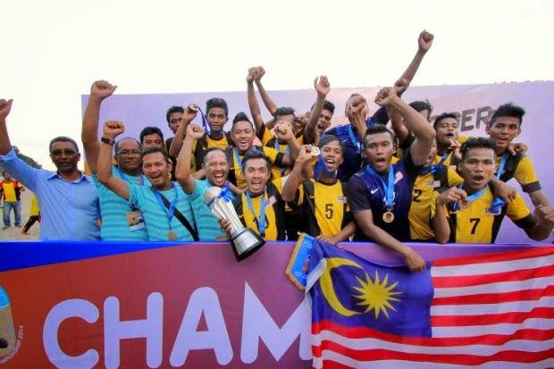 Bola Sepak Pantai Piala AFF 2014