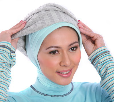 Cara Memakai Jilbab Trendy