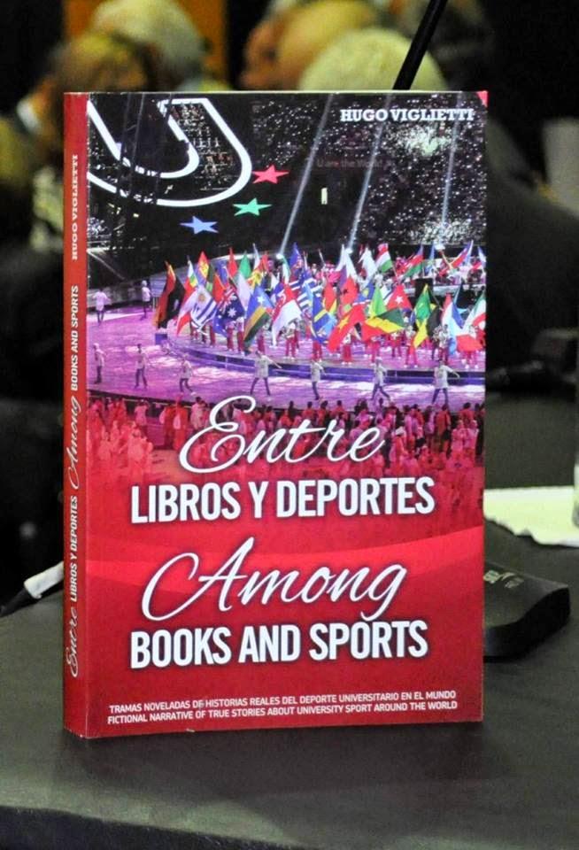 """Lanzamiento del libro """"Entre libros y deportes"""" de Hugo Viglietti - Museo del fútbol - 16/4/2015"""
