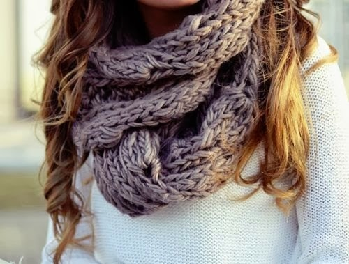 Adorable grey scarf and white sweater for fall
