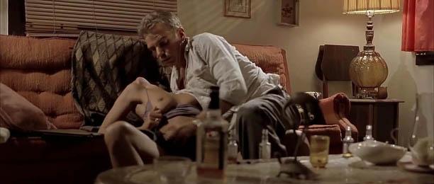 holli-berri-v-eroticheskih-epizodah-kino