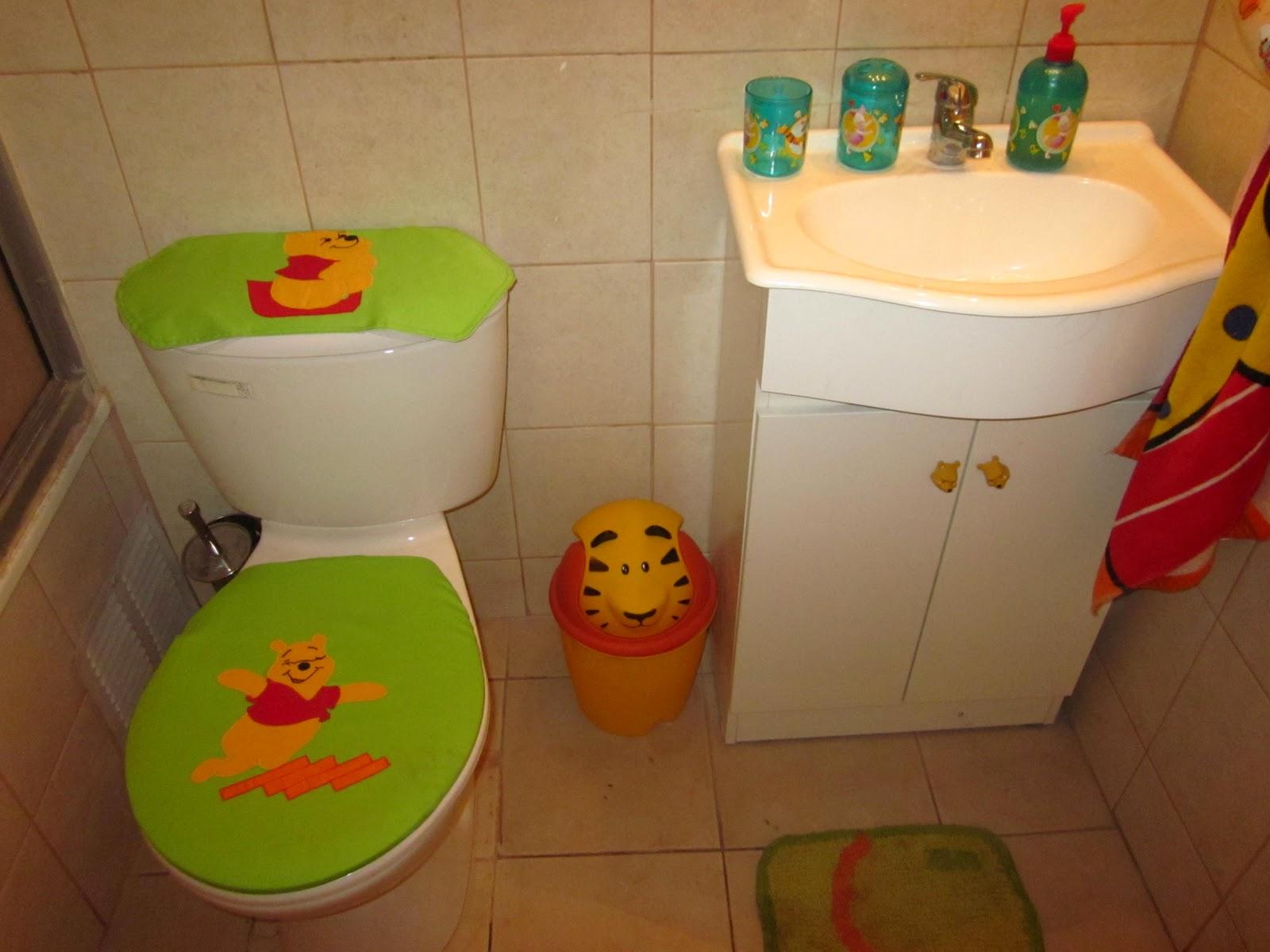 Cortina Baño Infantil:cortina de baño con aplicaciones de simsoms infantil